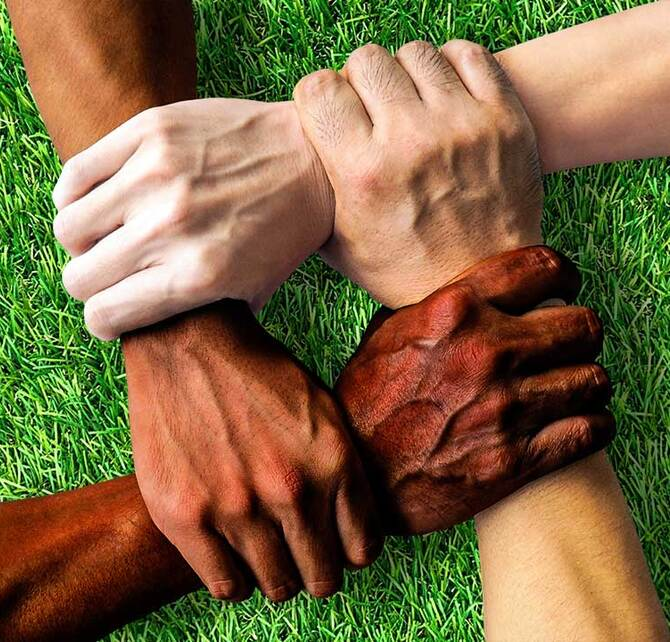 diversity-together-1917895-1080x720_670x642_crop_and_resize_to_fit_478b24840a