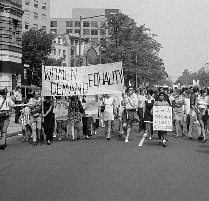 Womens-liberation-march-from-Farrugut-Square-to-Lafayette-Park1970-Washington-DC-1080x720_670x642_crop_and_resize_to_fit_478b24840a